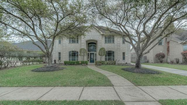 3027 Barton Drive, Pearland, TX 77584 (MLS #53555356) :: The Freund Group