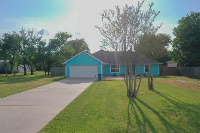 4118 Grand Boulevard, Dickinson, TX 77539 (MLS #53622118) :: The Wendy Sherman Team