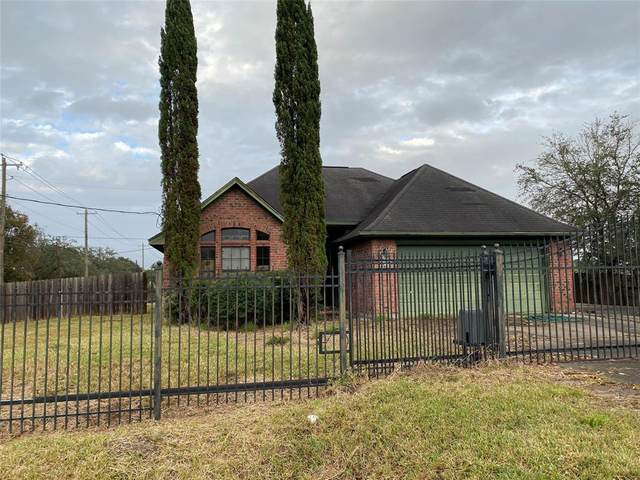3109 Balzar Drive, Dickinson, TX 77539 (MLS #53622926) :: Lerner Realty Solutions