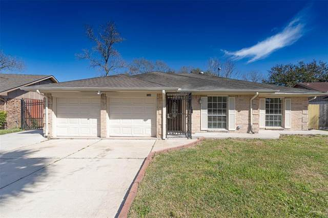 5209 Cunningham Drive, Pearland, TX 77581 (MLS #53652898) :: Christy Buck Team