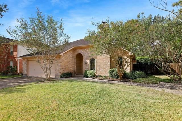 623 Woodlake Circle, Sugar Land, TX 77498 (MLS #5368974) :: Lerner Realty Solutions