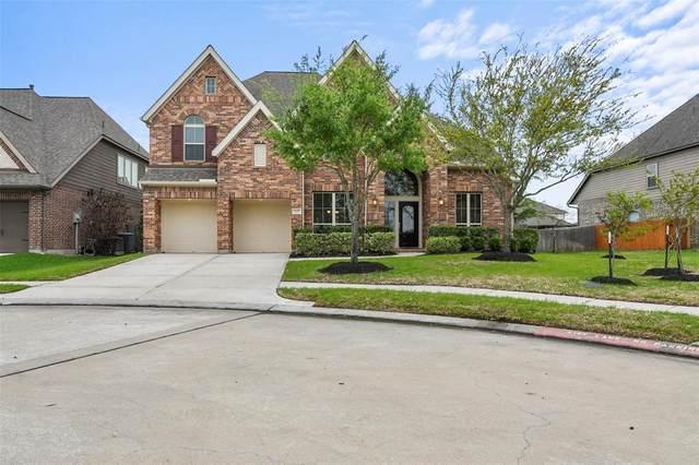 3227 Seneca Landing Lane, Pearland, TX 77584 (MLS #53749521) :: The Home Branch