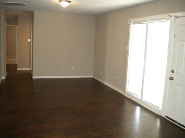 4211 Knotty Oaks Trail, Houston, TX 77045 (MLS #53757475) :: Texas Home Shop Realty