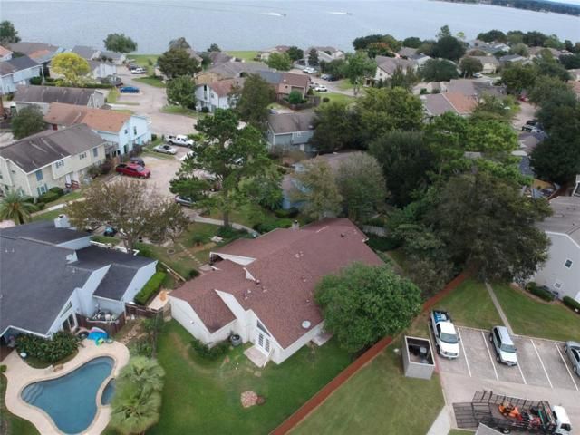 80 April Point Drive N, Conroe, TX 77356 (MLS #54014407) :: Fairwater Westmont Real Estate