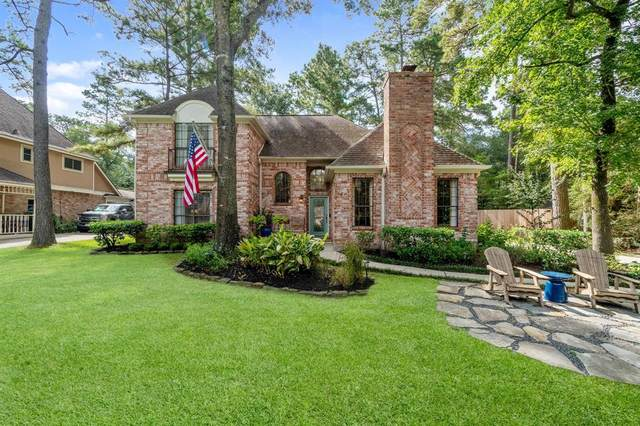 4 Linnet Chase Place, The Woodlands, TX 77381 (MLS #54053781) :: Christy Buck Team
