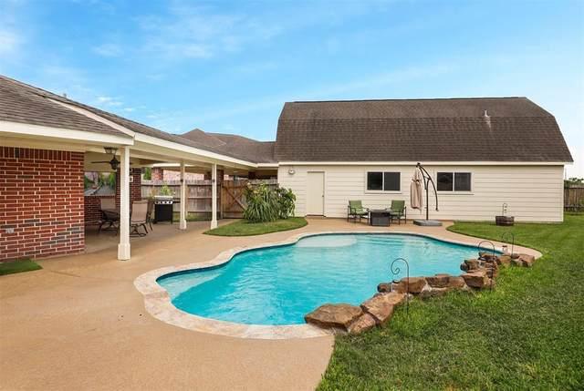 11102 Briscoe Lane, Pearland, TX 77584 (MLS #54200359) :: Texas Home Shop Realty