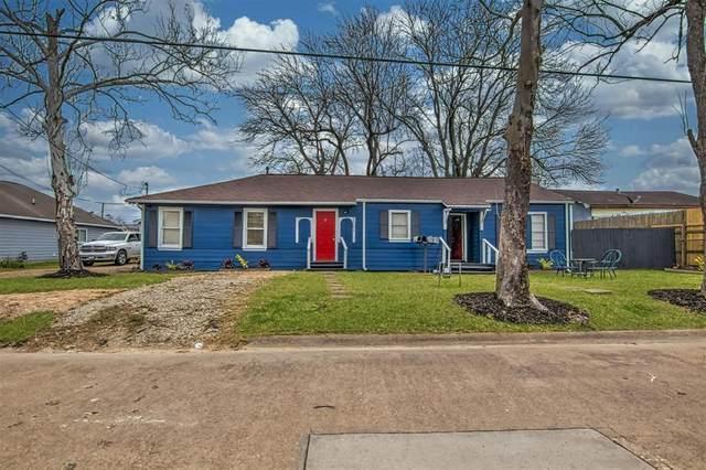 1101 Elm Street, Deer Park, TX 77536 (MLS #54216507) :: My BCS Home Real Estate Group