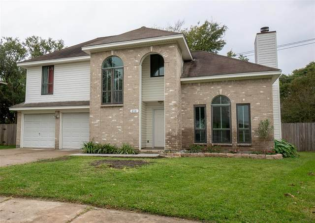 210 Briarglen Lane, La Porte, TX 77571 (MLS #54221985) :: The Parodi Team at Realty Associates