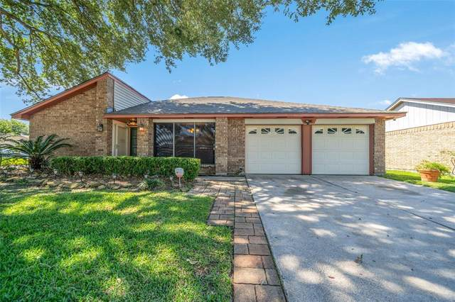 16750 Colony Bend Drive, Friendswood, TX 77546 (MLS #54224964) :: Texas Home Shop Realty