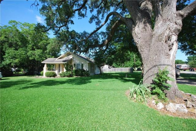733 S Faires Street, Flatonia, TX 78941 (MLS #54282942) :: Giorgi Real Estate Group
