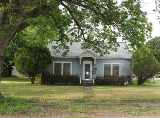 412 N Pecan Street, Angleton, TX 77515 (MLS #54311239) :: Texas Home Shop Realty