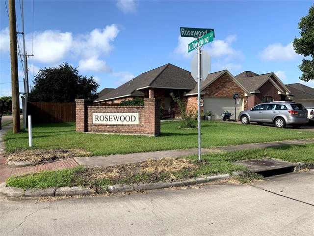 772 Rosewood Lane, Angleton, TX 77515 (MLS #54412271) :: Connect Realty
