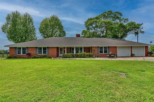 10673 Pless Road, Cat Spring, TX 78933 (MLS #54446408) :: Connell Team with Better Homes and Gardens, Gary Greene