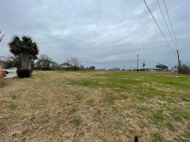 11003 W Fairmont Parkway, La Porte, TX 77571 (MLS #54499869) :: My BCS Home Real Estate Group