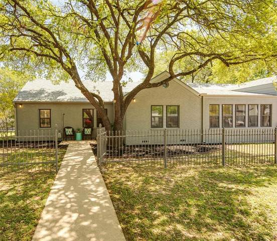 707 S Ennis Street, Bryan, TX 77803 (MLS #54615118) :: The Home Branch