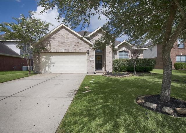 2235 Waxwing Drive, League City, TX 77573 (MLS #54621136) :: Texas Home Shop Realty