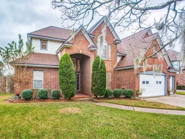 111 N Rosemary Lane, Lake Jackson, TX 77566 (MLS #54661541) :: Texas Home Shop Realty