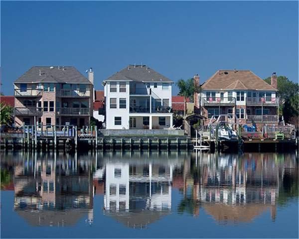 15 Leeward Lane, Nassau Bay, TX 77058 (MLS #5468909) :: Bay Area Elite Properties