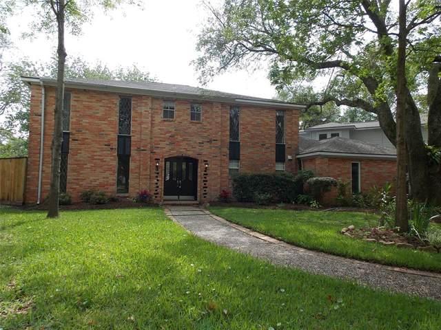 4110 Highknoll Lane, Seabrook, TX 77586 (MLS #54720566) :: Ellison Real Estate Team