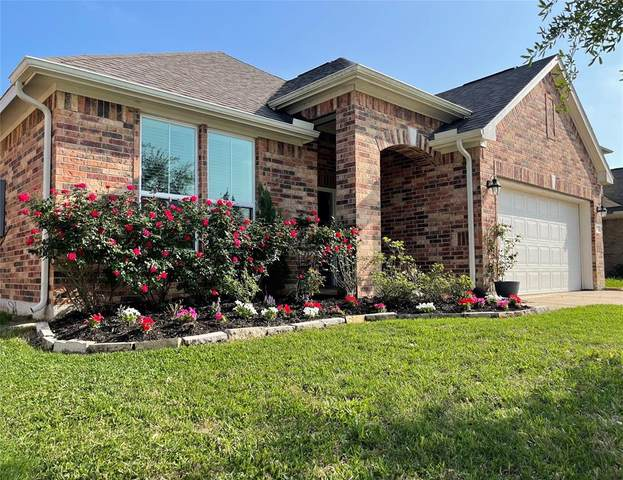 3015 Aguila Creek Court, Dickinson, TX 77539 (MLS #5475590) :: The SOLD by George Team