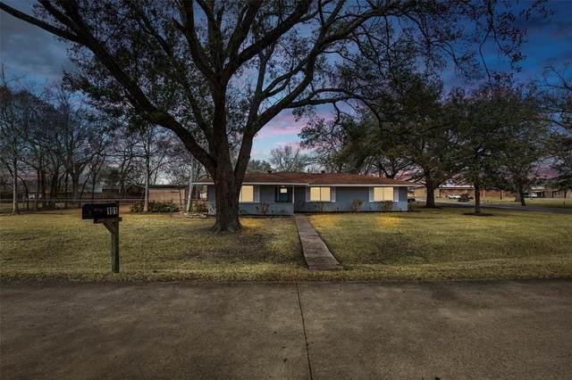 101 Timber Lane, Baytown, TX 77520 (MLS #54768856) :: Bray Real Estate Group