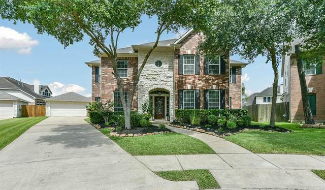 3201 Autumn Bay Court, Friendswood, TX 77546 (MLS #54820478) :: The SOLD by George Team
