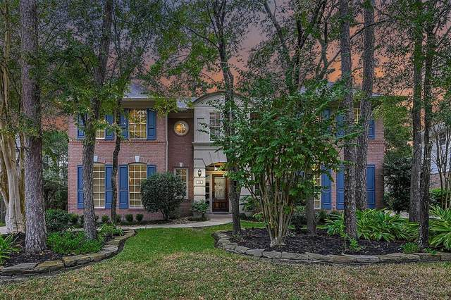 15 Bank Birch Place, The Woodlands, TX 77381 (MLS #54843091) :: Giorgi Real Estate Group