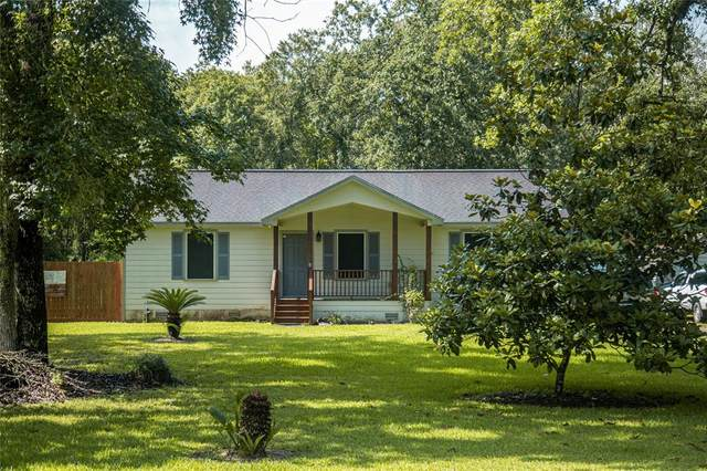 20238 Lowe Lane, New Caney, TX 77357 (MLS #54868253) :: The SOLD by George Team