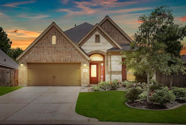 126 N Greatwood Glen Place, Montgomery, TX 77316 (MLS #54873943) :: The Home Branch