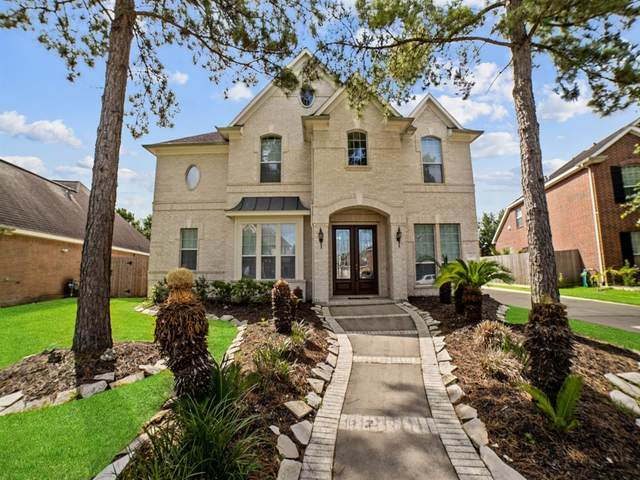 2605 Westerlake Drive, Pearland, TX 77584 (MLS #54926158) :: The SOLD by George Team