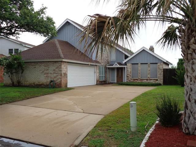 3 Cozumel Circle, Galveston, TX 77554 (MLS #54939917) :: Rachel Lee Realtor
