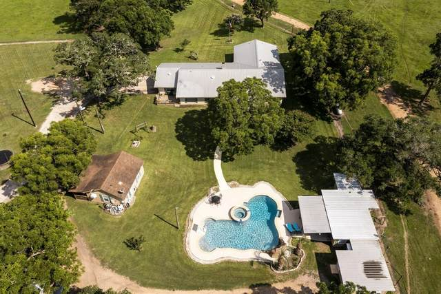 1504 County Road 209, Hallettsville, TX 77964 (MLS #54961992) :: Connect Realty