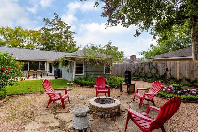 8610 Ilona Lane, Houston, TX 77025 (MLS #55036439) :: Michele Harmon Team