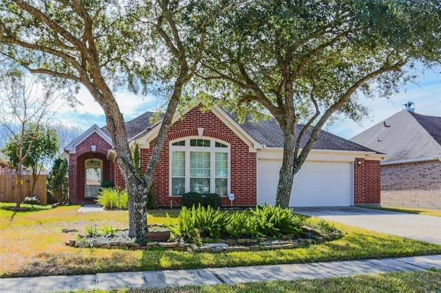 2214 Waters Edge Lane, League City, TX 77573 (MLS #55110306) :: Texas Home Shop Realty