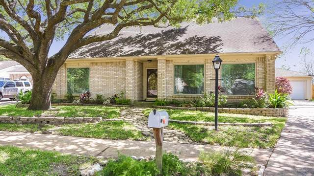 15007 Radwell Court, Houston, TX 77062 (MLS #55204082) :: The Bly Team