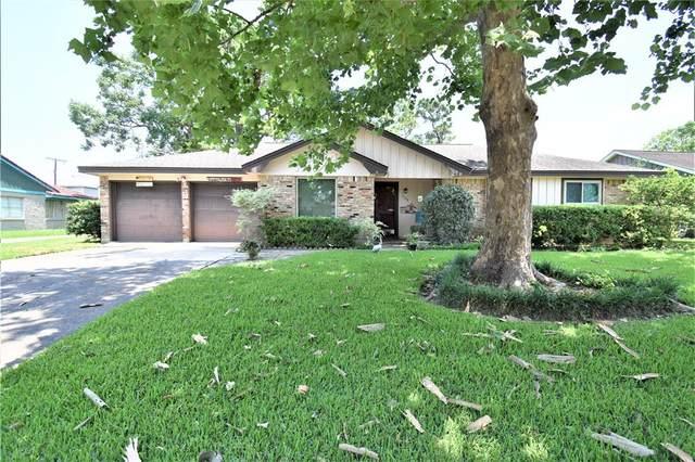 4108 Pine Shadows Street, Dickinson, TX 77539 (MLS #55496620) :: The Property Guys