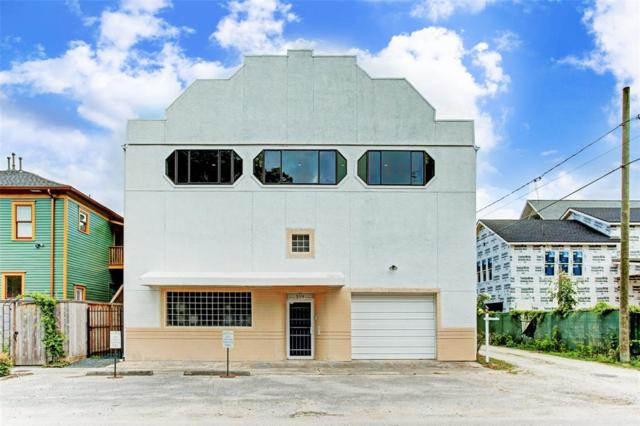 314 E 13th Street, Houston, TX 77008 (MLS #55537072) :: The SOLD by George Team
