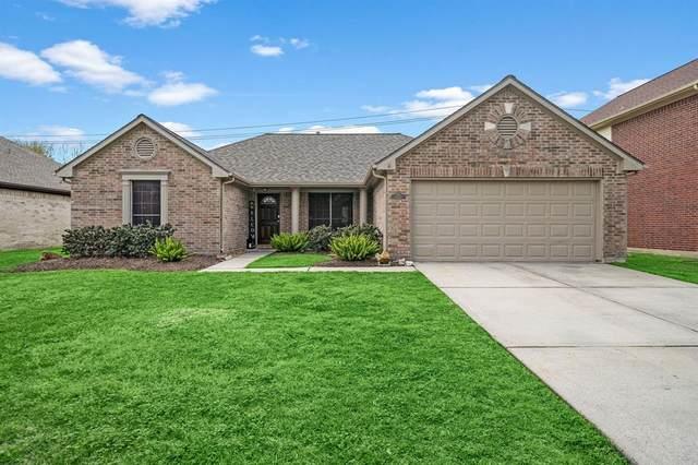 1113 Glenmeadows Drive, La Porte, TX 77571 (MLS #55635992) :: The Sansone Group