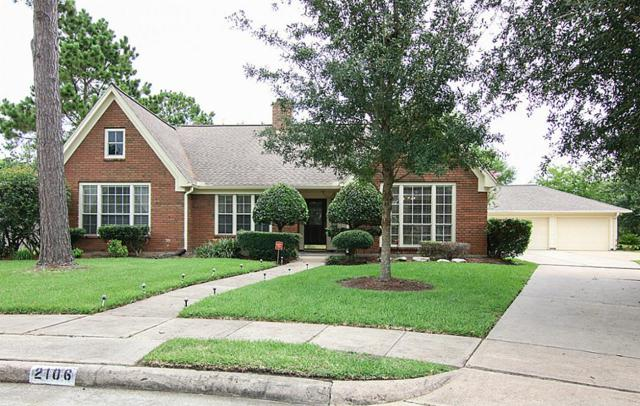 2106 Dornoch Drive, League City, TX 77573 (MLS #55703564) :: REMAX Space Center - The Bly Team