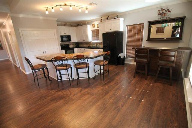 959 Tidelands Drive, Crystal Beach, TX 77650 (MLS #5574278) :: Ellison Real Estate Team