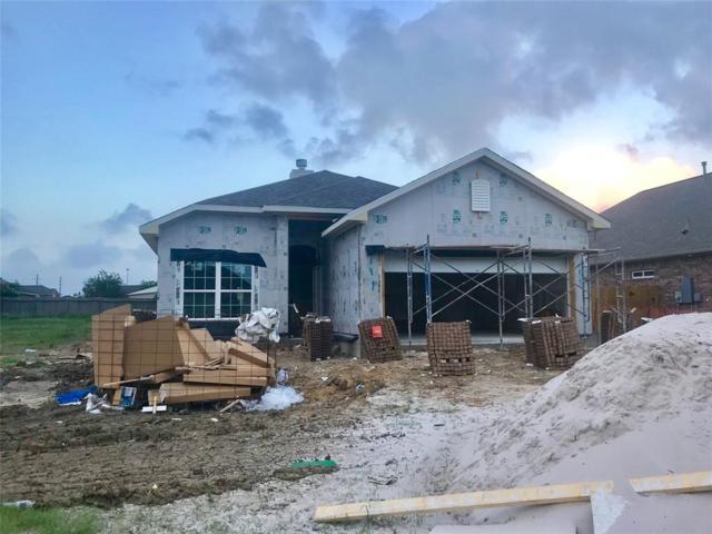 111 Brazos Drive, Baytown, TX 77523 (MLS #55794200) :: Texas Home Shop Realty