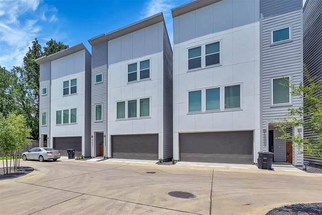 4823 Martin Oaks Lane, Houston, TX 77018 (MLS #55801203) :: The Freund Group
