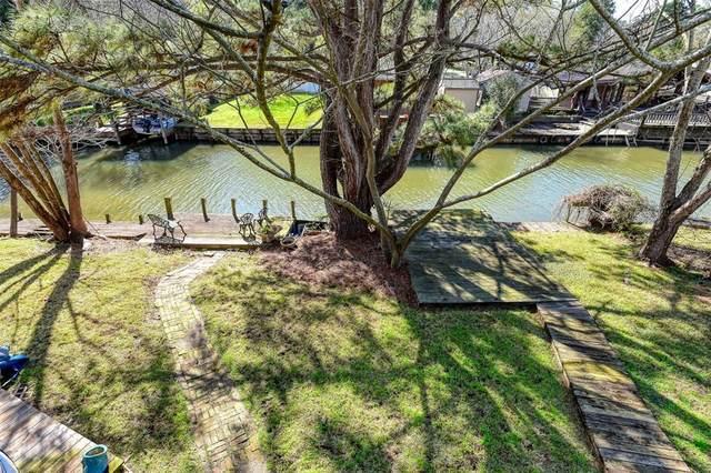 13107 Lake Villa Street, Willis, TX 77318 (MLS #55933642) :: Michele Harmon Team
