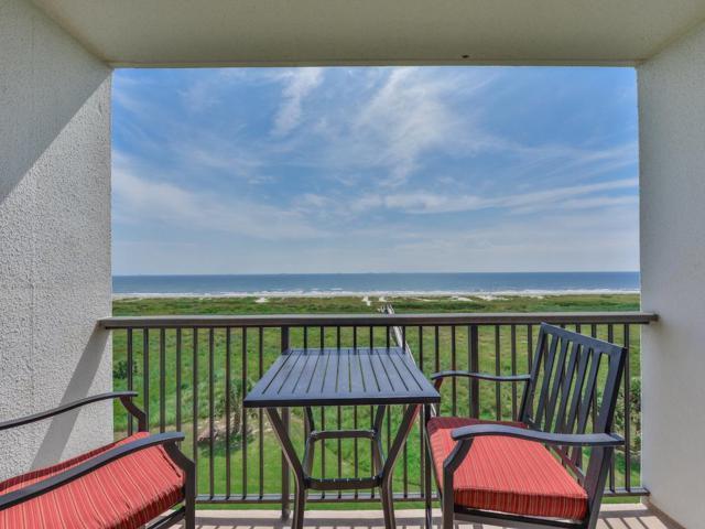 415 E Beach Drive #408, Galveston, TX 77550 (MLS #55994321) :: Texas Home Shop Realty