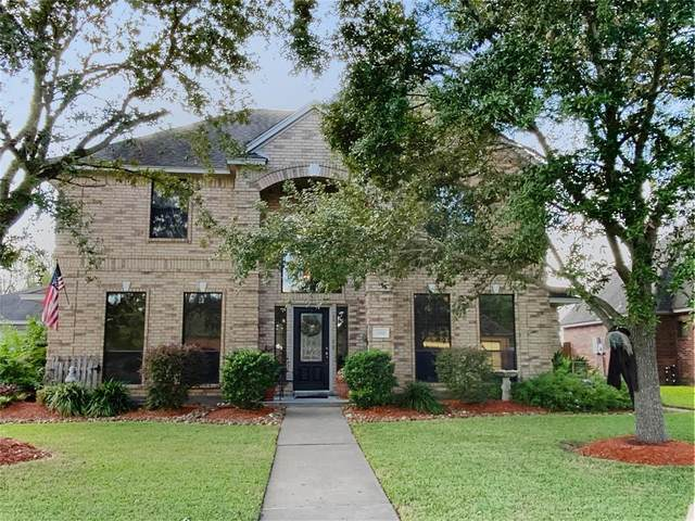 614 Oleander Street, Lake Jackson, TX 77566 (MLS #56051110) :: The Bly Team