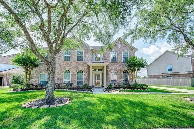 5214 Pilgrim Oaks Lane, League City, TX 77573 (MLS #56071244) :: Rachel Lee Realtor