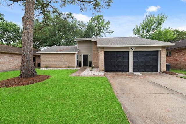 16414 Forest Bend Avenue, Friendswood, TX 77546 (MLS #56103628) :: Texas Home Shop Realty