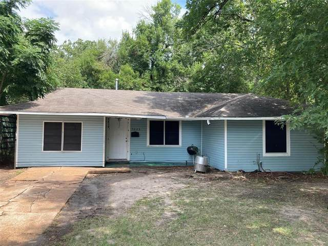 5223 Pensdale Street, Houston, TX 77033 (MLS #56159244) :: The SOLD by George Team