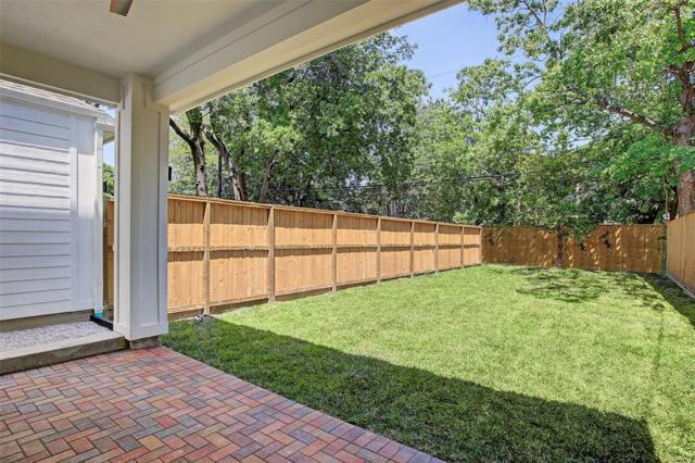 110 E 26TH Street C, Houston, TX 77008 (MLS #56173557) :: Giorgi Real Estate Group