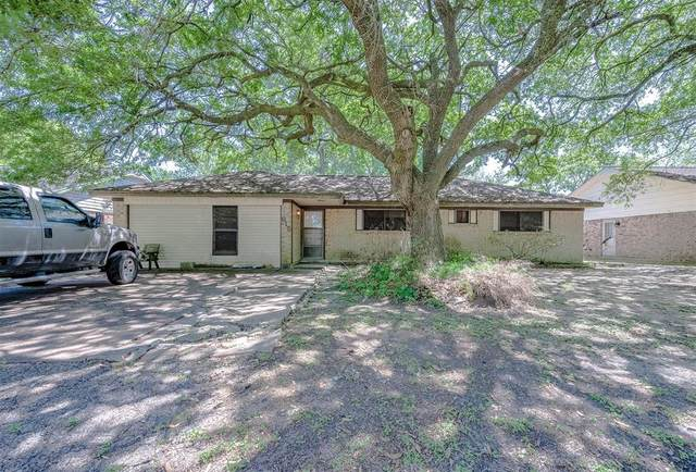 615 Kost Road, Alvin, TX 77511 (MLS #56232778) :: The Home Branch